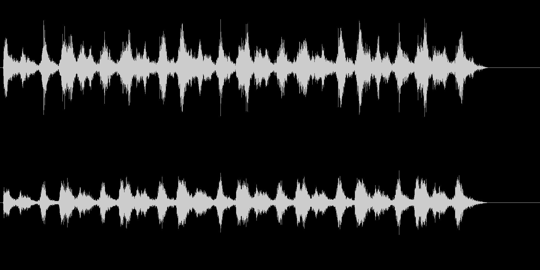 低周波シンセ音の脈動。の未再生の波形