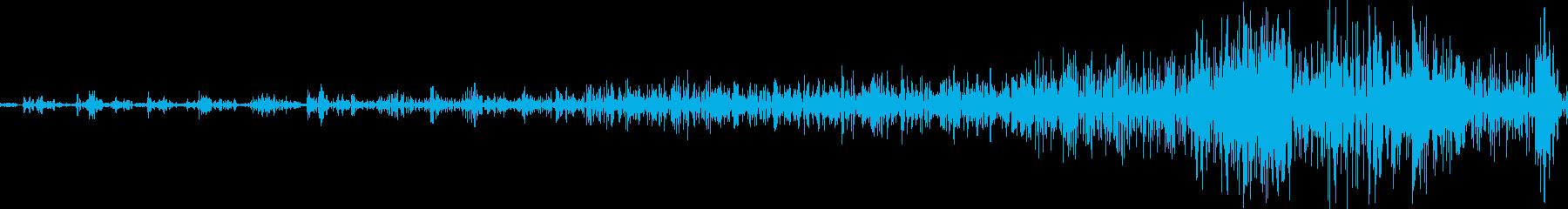 ジッパーを開ける音(ジーッ)の再生済みの波形