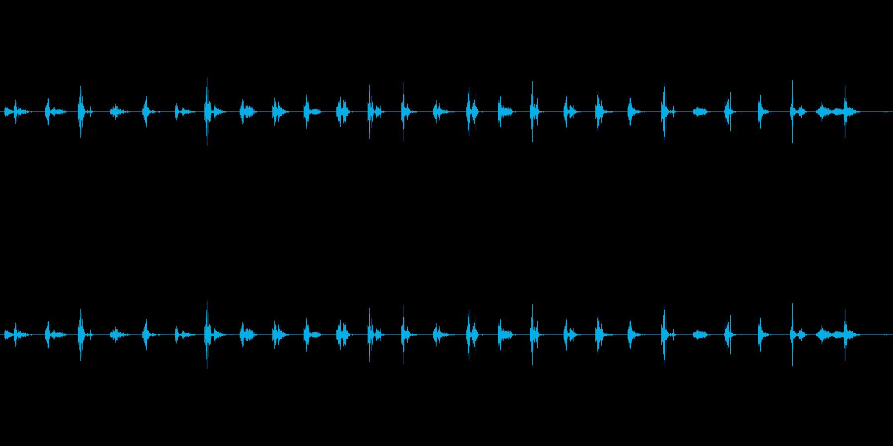 ステップ ハイヒール砂利ライトウォ...の再生済みの波形