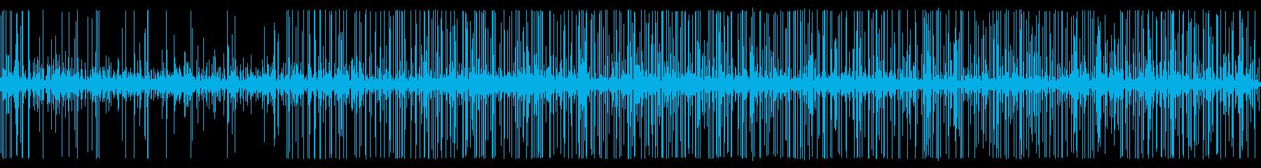 雨上がりの深夜の排水路の水音の再生済みの波形