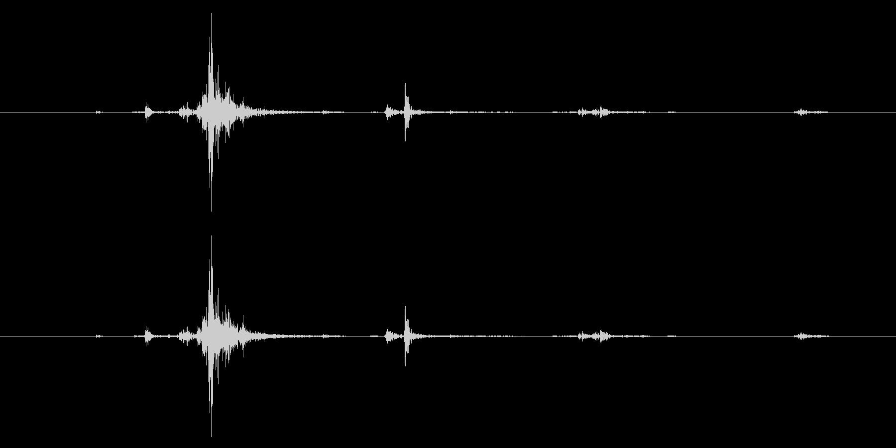 M4ライフル:弾丸をマガジンにロードするの未再生の波形