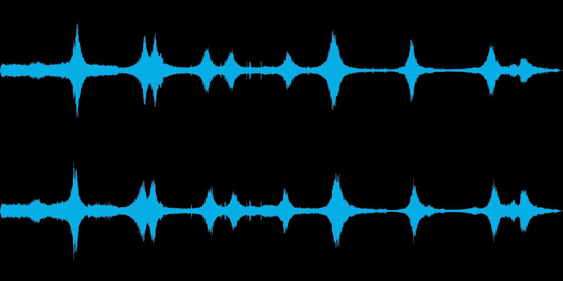 [生録音]交通量の多い交差点01(初夏)の再生済みの波形