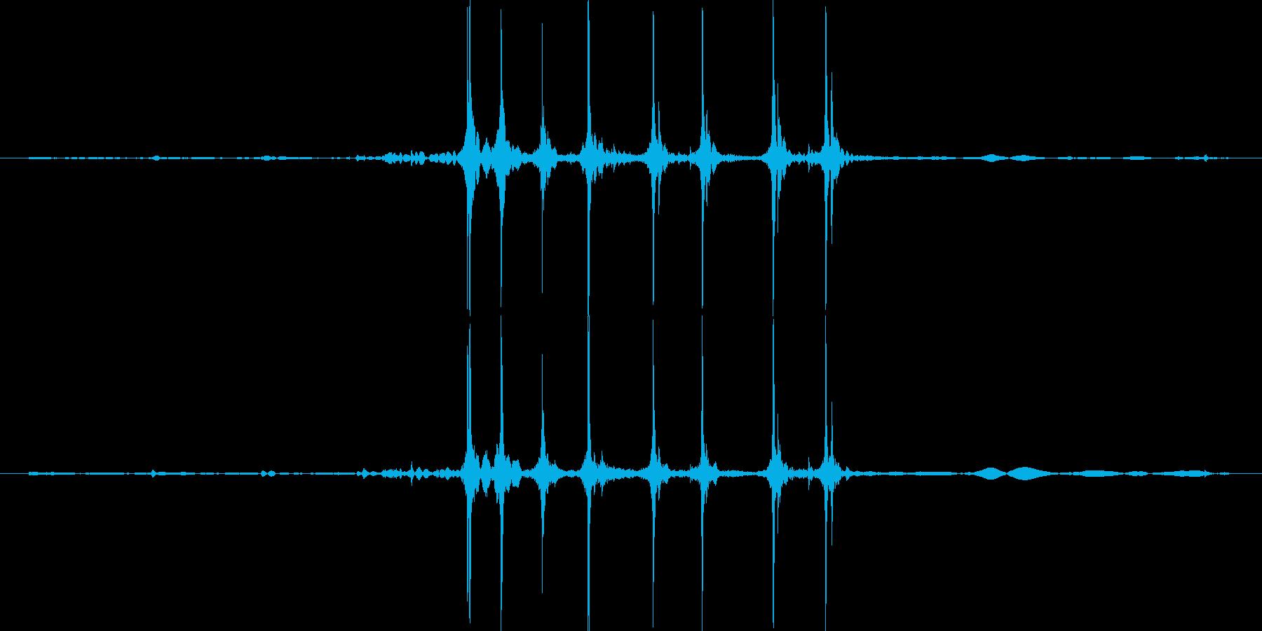 カッターを出す音ですの再生済みの波形
