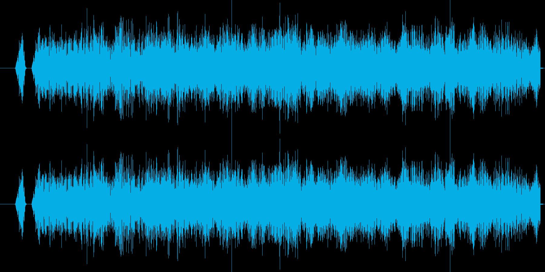 キュルキュル、キュイイイン、の再生済みの波形