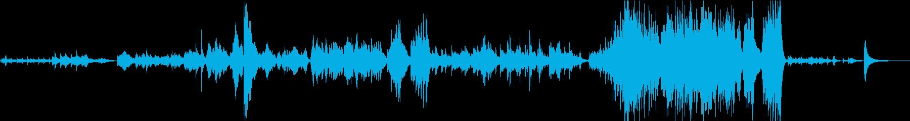 和風で怪しい生演奏チェロ、ピアノ、ハープの再生済みの波形