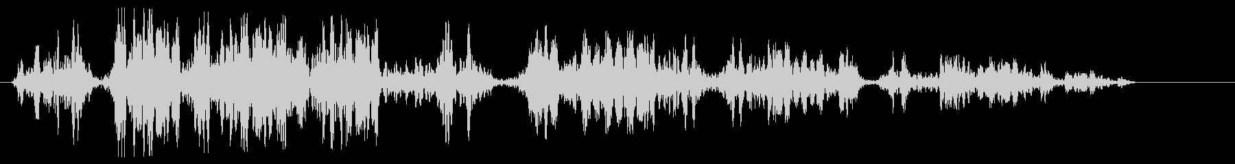 ピュルピュル(何かが巻戻るような音)の未再生の波形