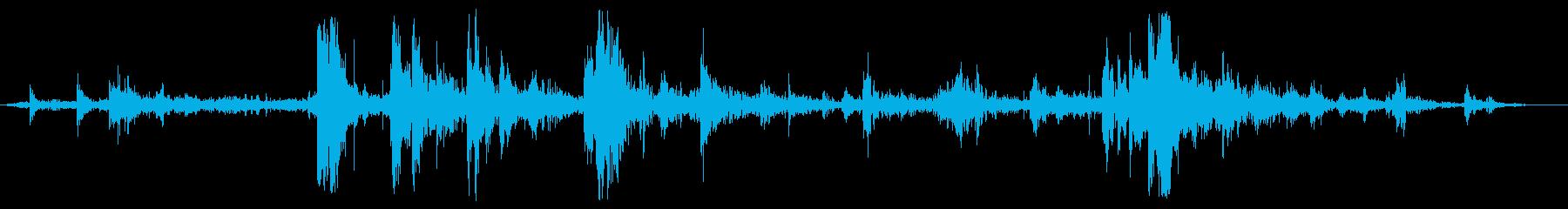 スクラッチメタルラトル、フォリーの再生済みの波形