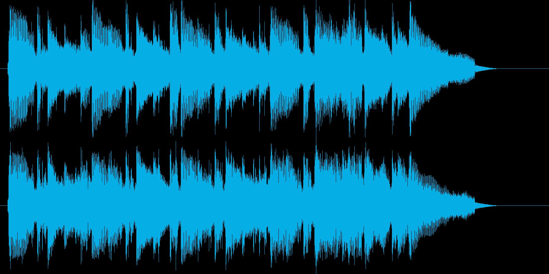 明るいキラキラした短いシンセサイザーの曲の再生済みの波形