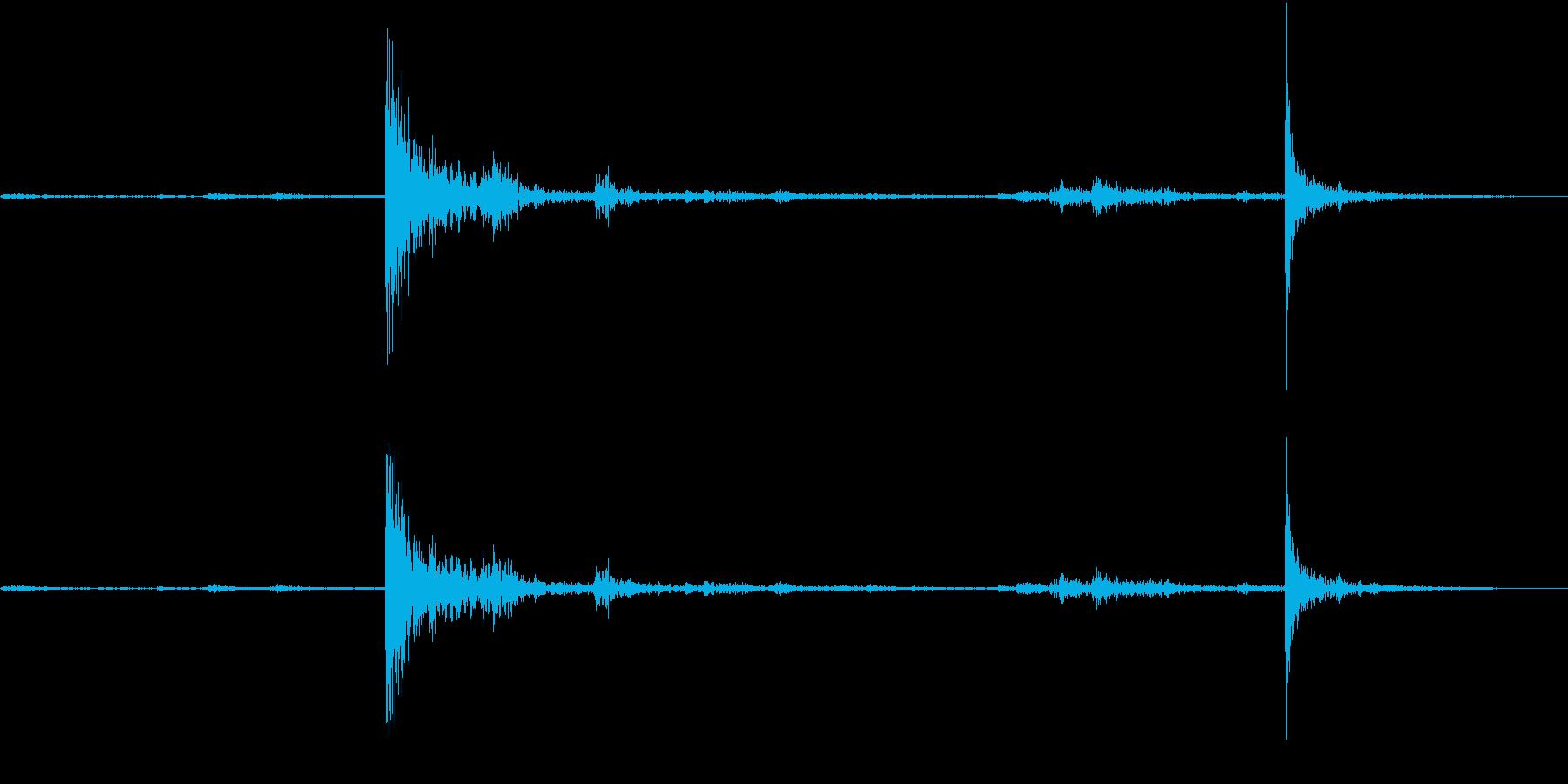 【生録音】弁当・惣菜パックの音 9 フタの再生済みの波形