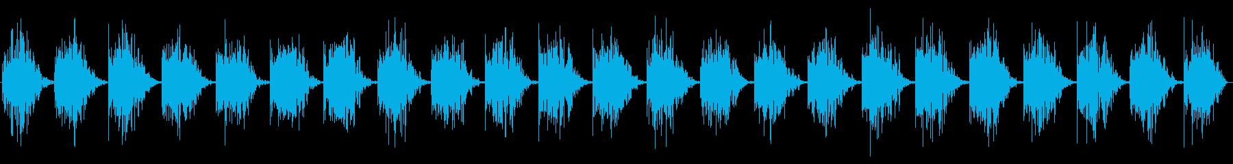 一定のスローメタリックハートビートヒットの再生済みの波形