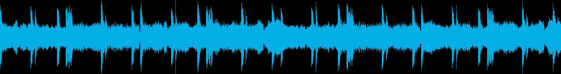 緊張感や不安を感じるようなシンセサイザーの再生済みの波形