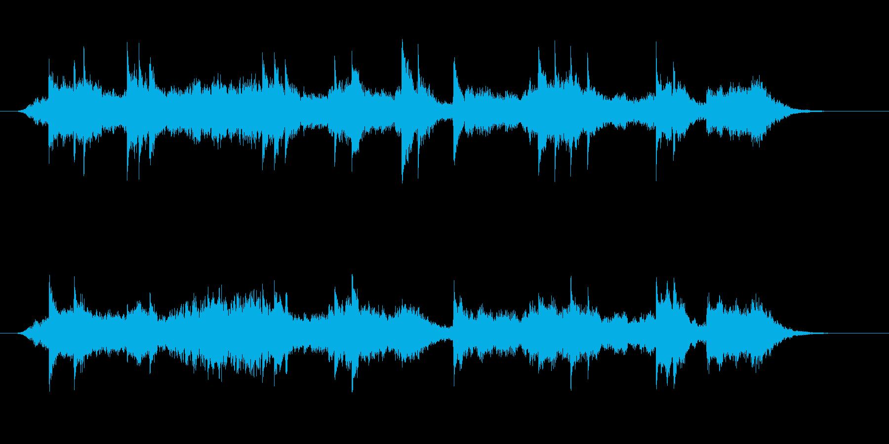 ピアノとシンセサイザーによるアンビエン…の再生済みの波形