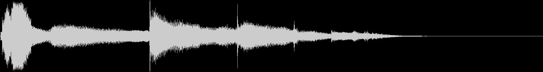 スモールメタルパイプ:ドロップトゥ...の未再生の波形