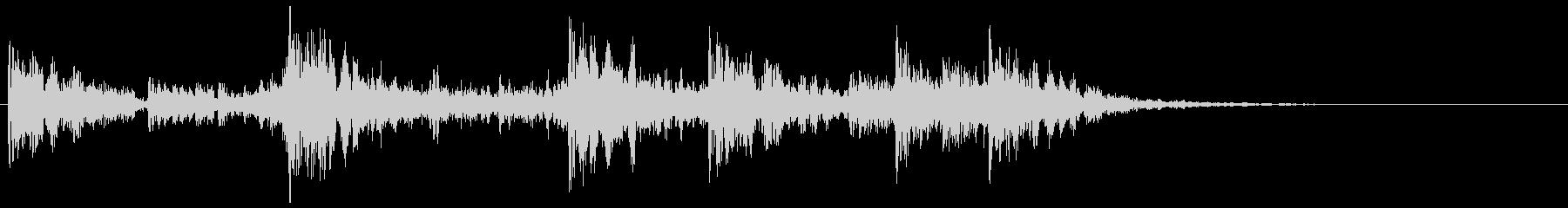 ティンパニ、打楽器の転回音 ドンンドコの未再生の波形