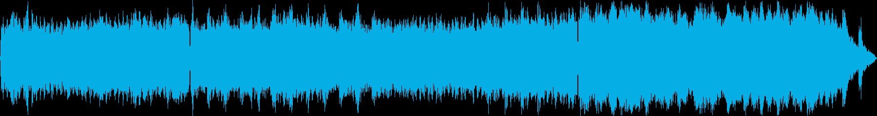 シンセとピアノの神秘的な曲の再生済みの波形