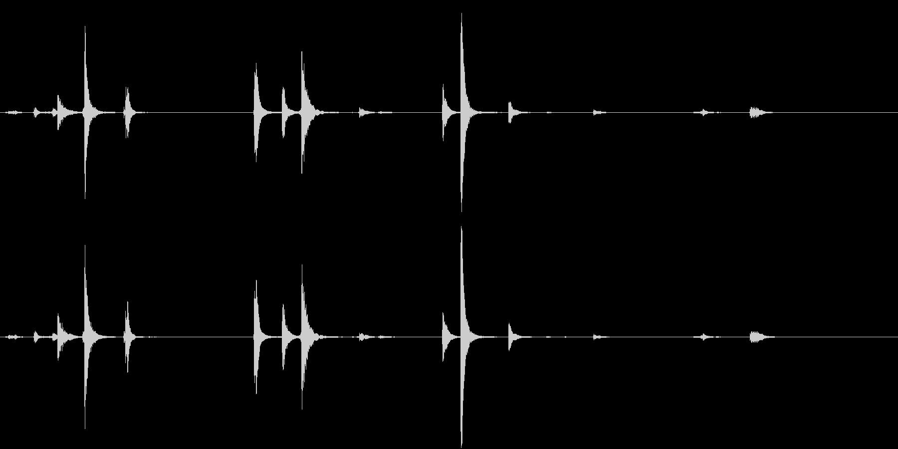 【生録音】猛獣を繋ぐような重厚な鎖の音1の未再生の波形