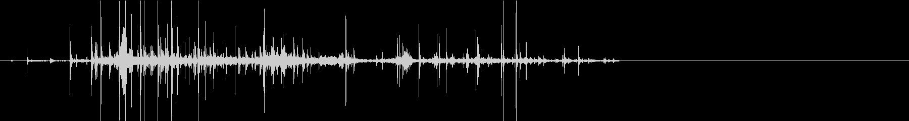 【生録音】紙をクシャクシャに丸める音の未再生の波形