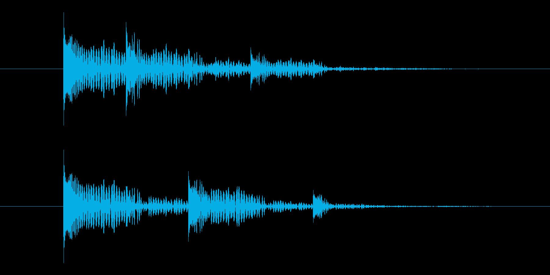 ドンドンと左右に残響が広がる音の再生済みの波形