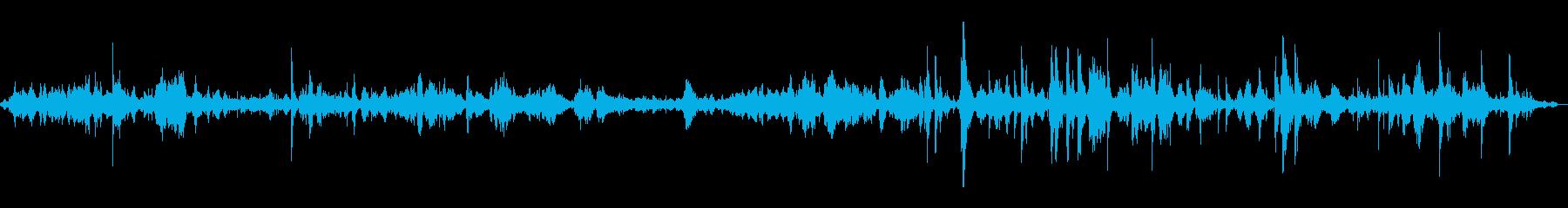 HUM OF VOICES、アメリ...の再生済みの波形