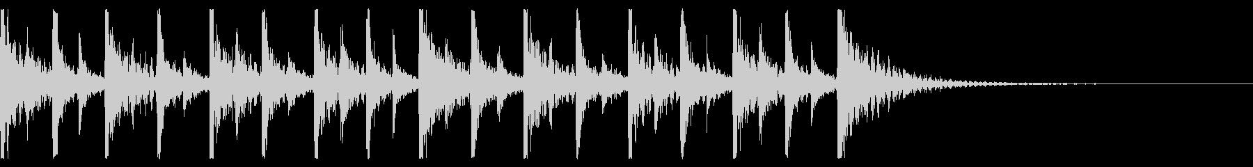 ドカドカと賑やかな打楽器のアンサンブル2の未再生の波形