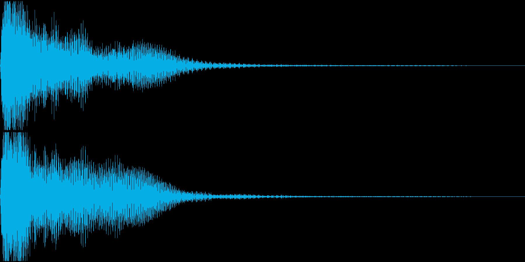 ド♯/レ♭単音のオーケストラルヒットの再生済みの波形