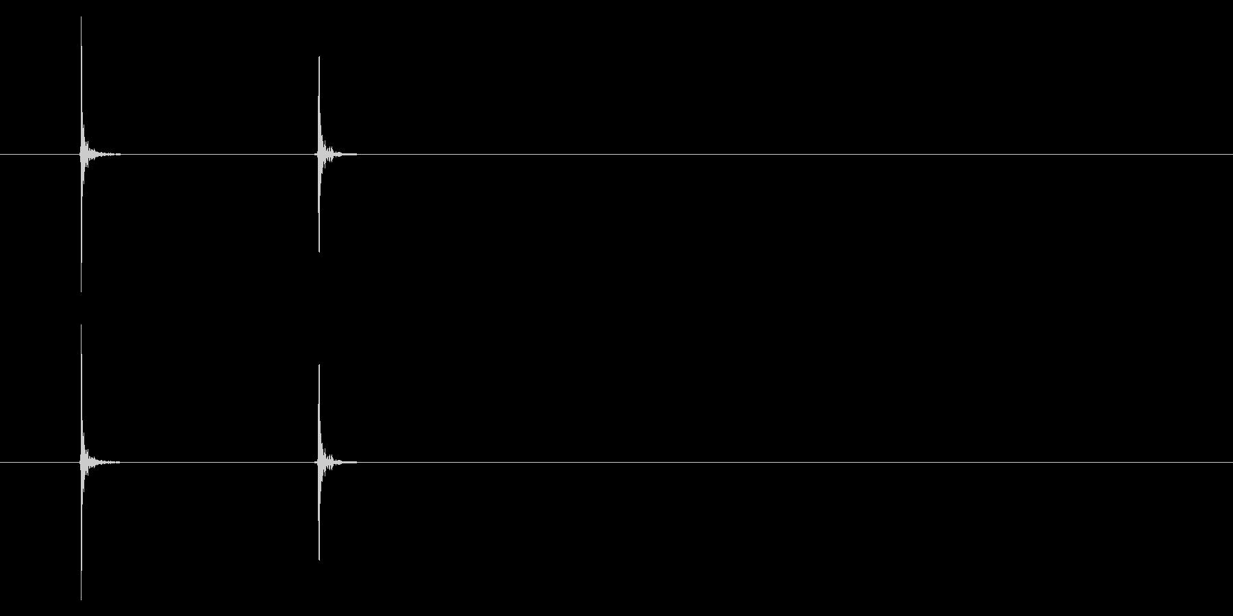 PC マウス02-09(右)の未再生の波形