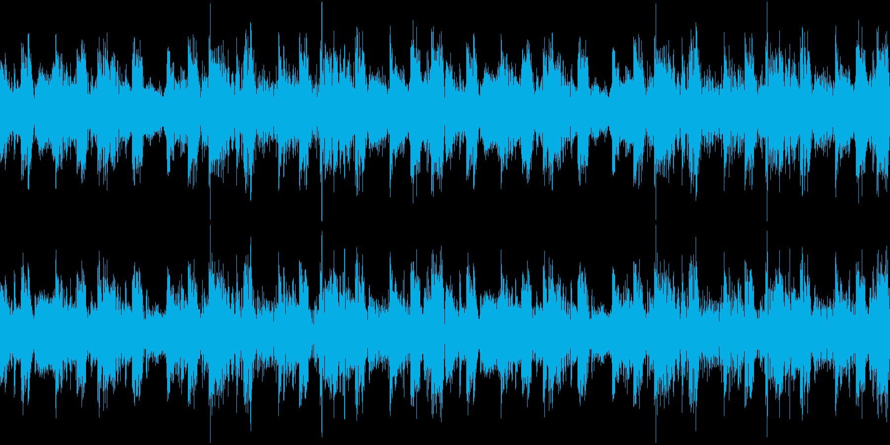 もやもやした怪しげな雰囲気のあるテクノの再生済みの波形