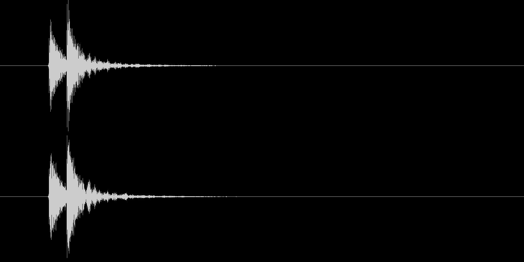 ドドン(小太鼓の少し高めの音)の未再生の波形