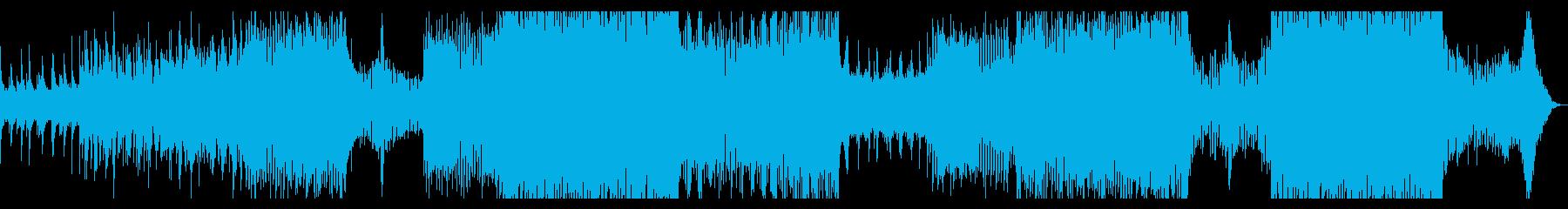 厚いシンセサイザーとピアノのトランスの再生済みの波形