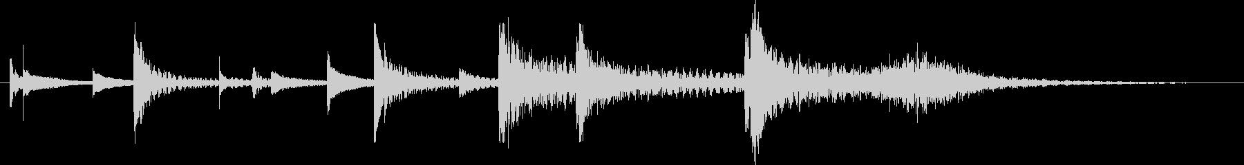 短いキシロフォンとドラムアクセントの未再生の波形