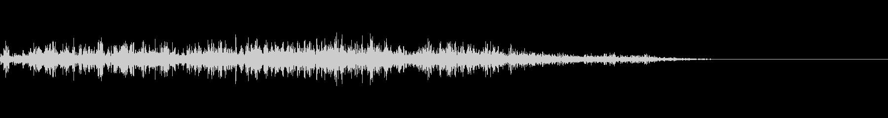 カミナリ(遠雷)-02の未再生の波形