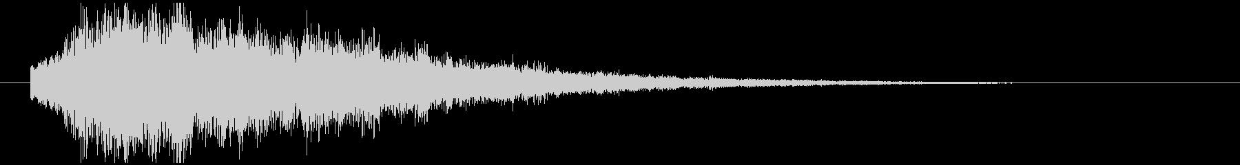 8秒間の、暗い雰囲気なシンセベル音の未再生の波形