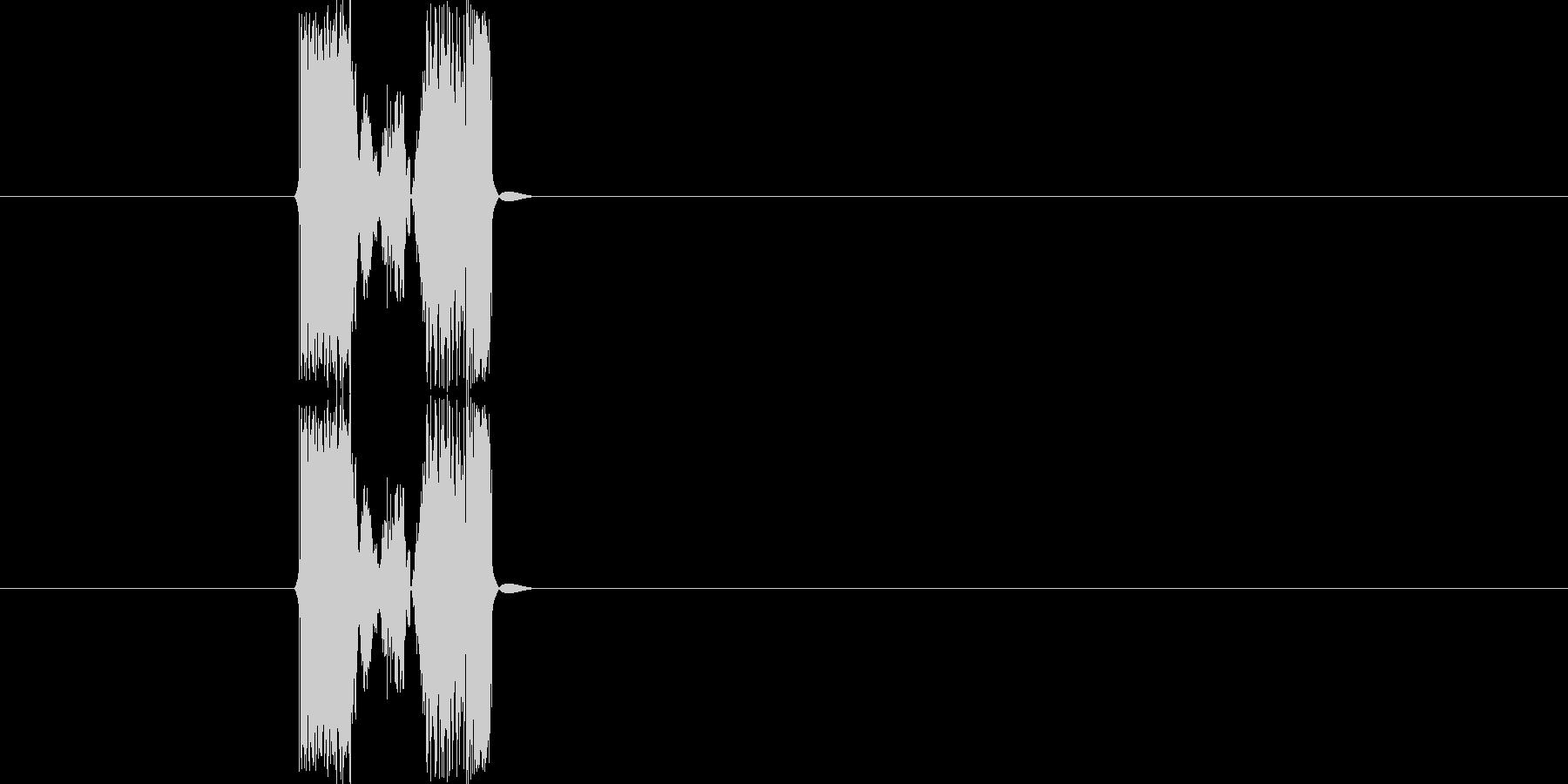 グサッ、ブスッ(剣を刺す音などの効果音)の未再生の波形