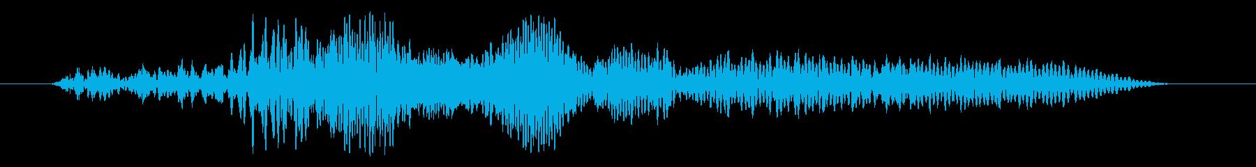 車のエンジン音(車内)の再生済みの波形