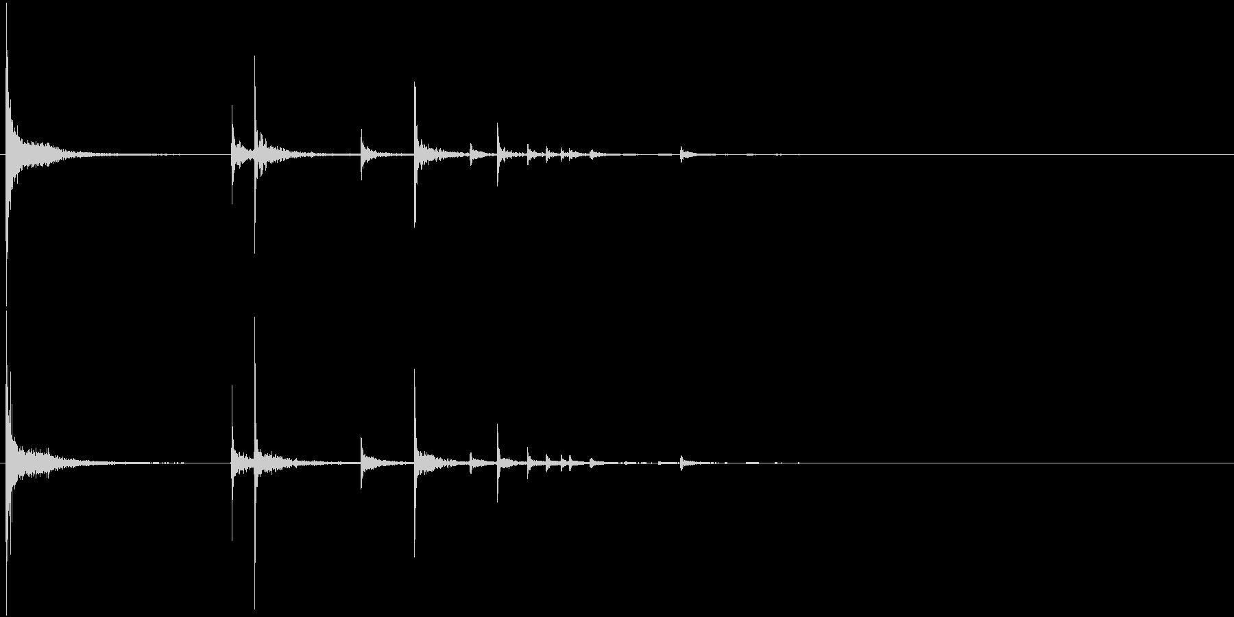 【生録音】ペットボトルを落とす音2 野外の未再生の波形