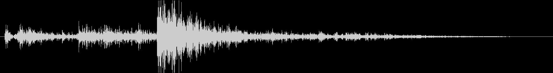 ゴロゴロピカッの未再生の波形