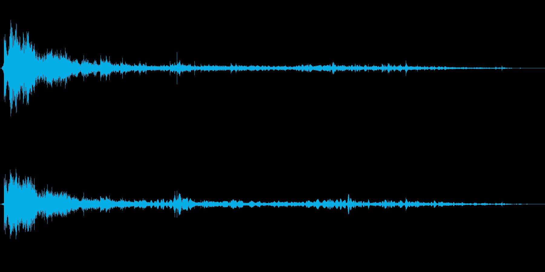 バシャーン!(勢いよく水の跳ねる音)の再生済みの波形