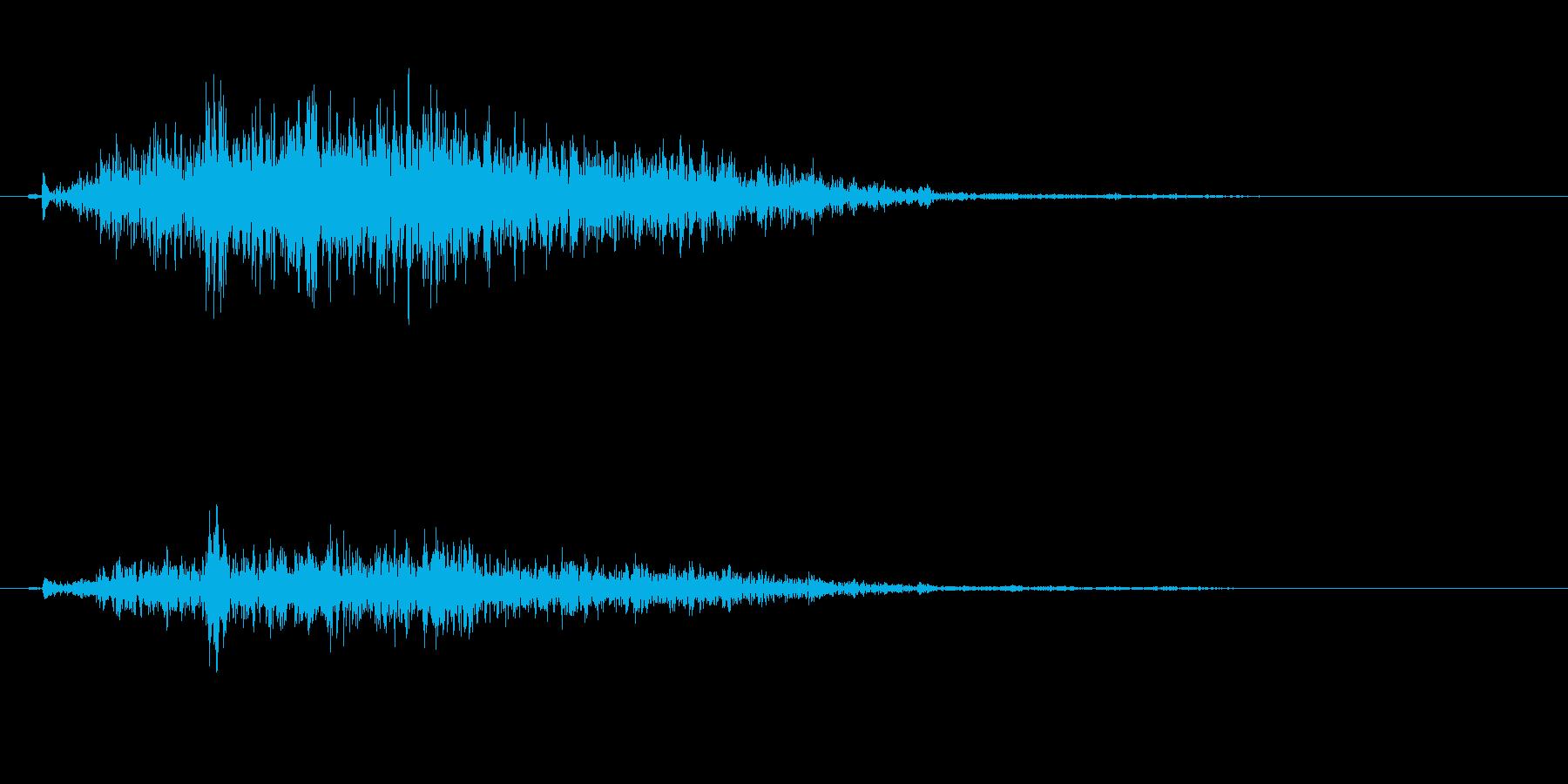 鼻をすすった時に出る音の再生済みの波形