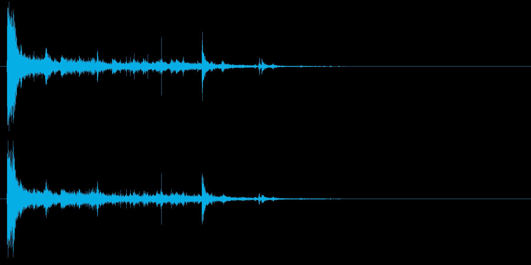 電球の破裂-14の再生済みの波形