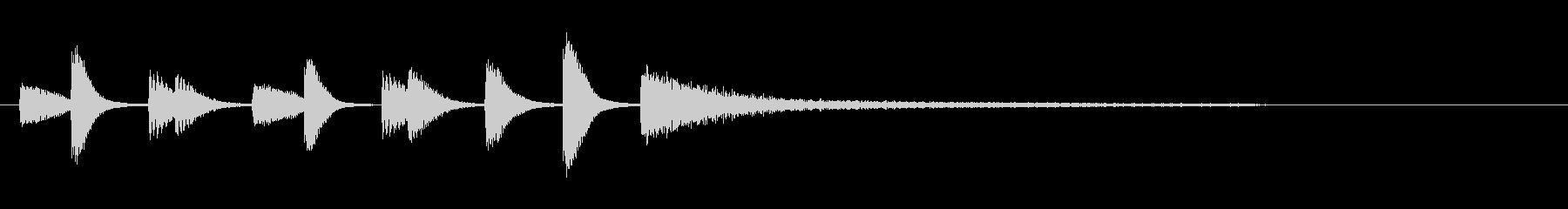モダンなピアノコードによるジングルの未再生の波形