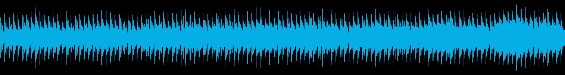 夜、軽快、疾走:バイオリンとハウスビートの再生済みの波形