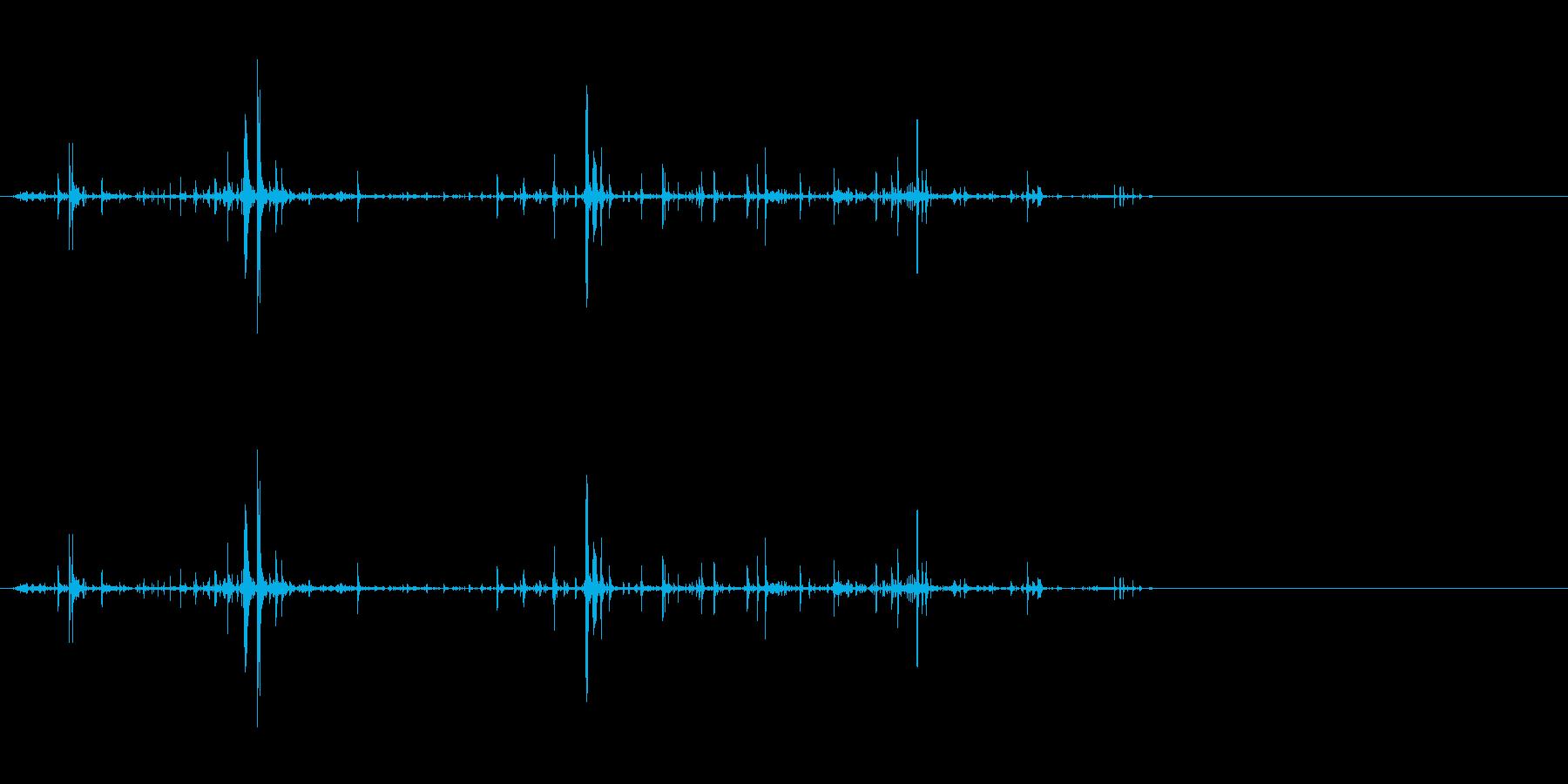 ヌルヌルしたものに手足を突っ込むの再生済みの波形