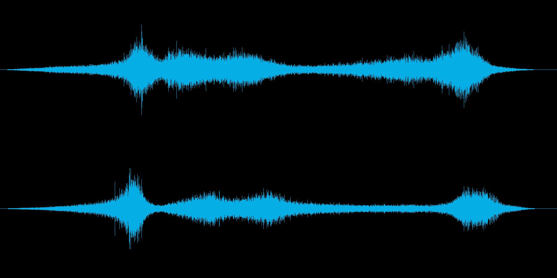 【生録音】 早朝の街 交通 環境音 17の再生済みの波形