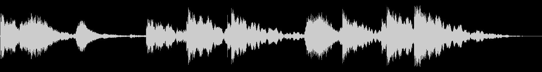 残響ヒンジのキーキーとラッチヒットの未再生の波形