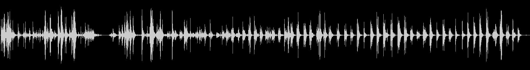 金属ガラガラフェンスシェイク定数の未再生の波形