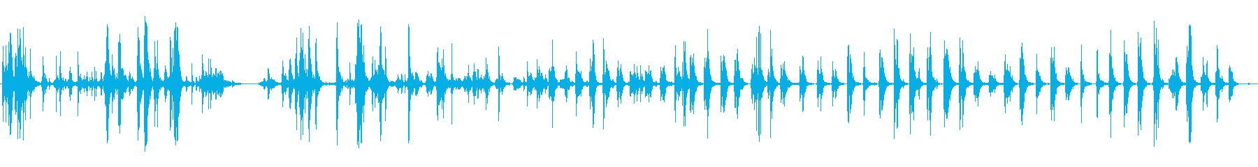 金属ガラガラフェンスシェイク定数の再生済みの波形