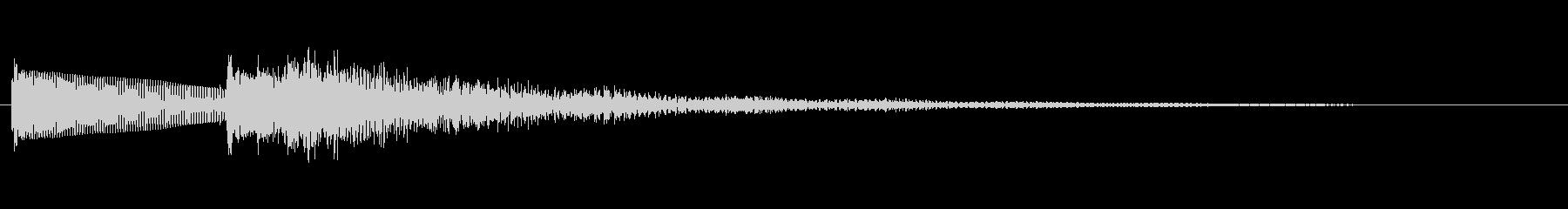 「ボロ~ン」と哀愁の漂うギターの未再生の波形