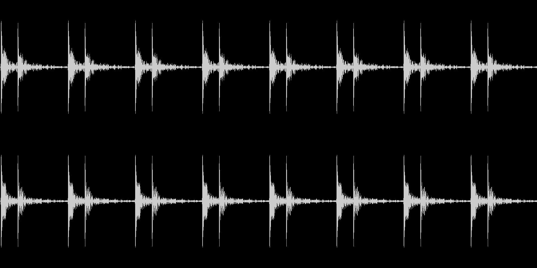 心臓の鼓動_下降_心拍数48(残響あり)の未再生の波形