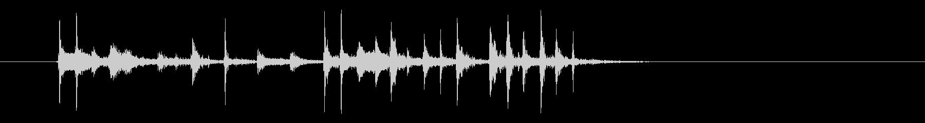 シンプルなテクノの不思議な音色のジングルの未再生の波形