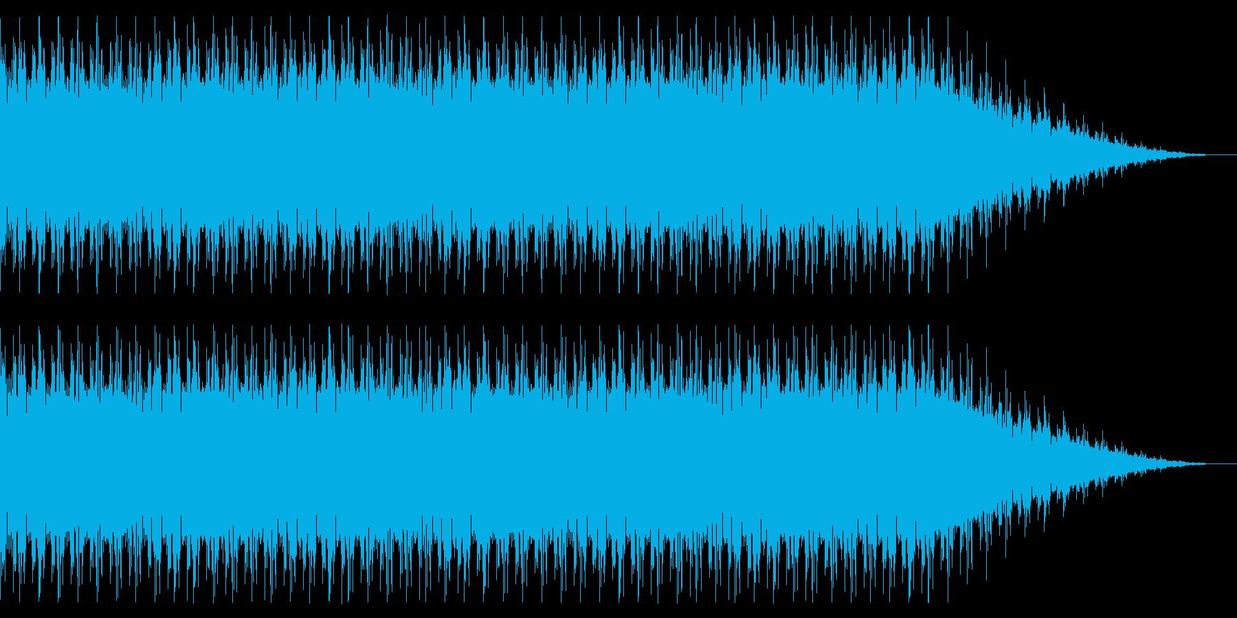 ベースの強いドラムンベースの再生済みの波形